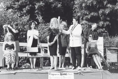 Schau-Frisieren zum Elbhangfest 1992.